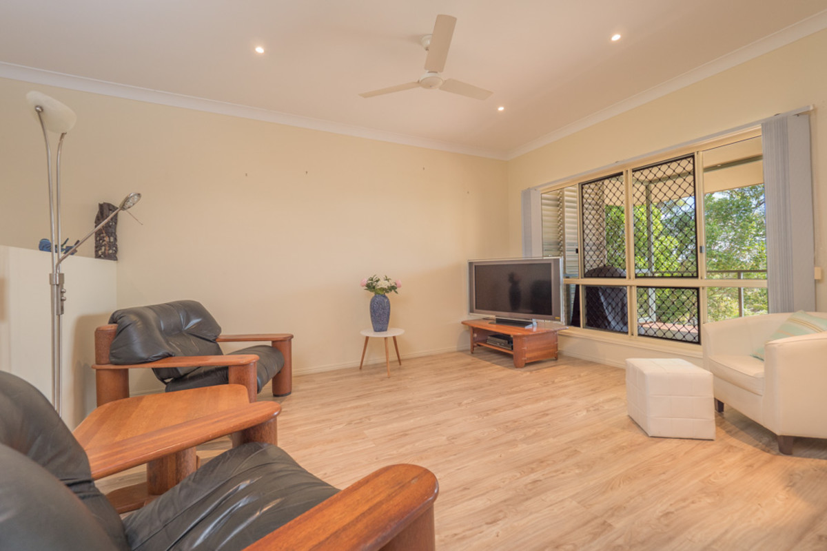 SEA VIEWS, POTENTIAL FOR DUAL LIVING & PLENTY OF SPACE FOR THE ... | jimilei furniture