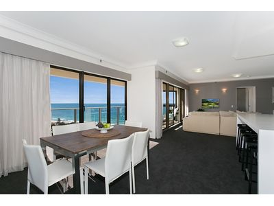 122 Atlantis East, 2 Admiralty Drive, Paradise Waters