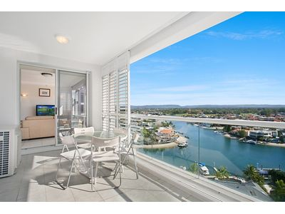 69 Grand Mariner, 12 Commodore Drive, Paradise Waters