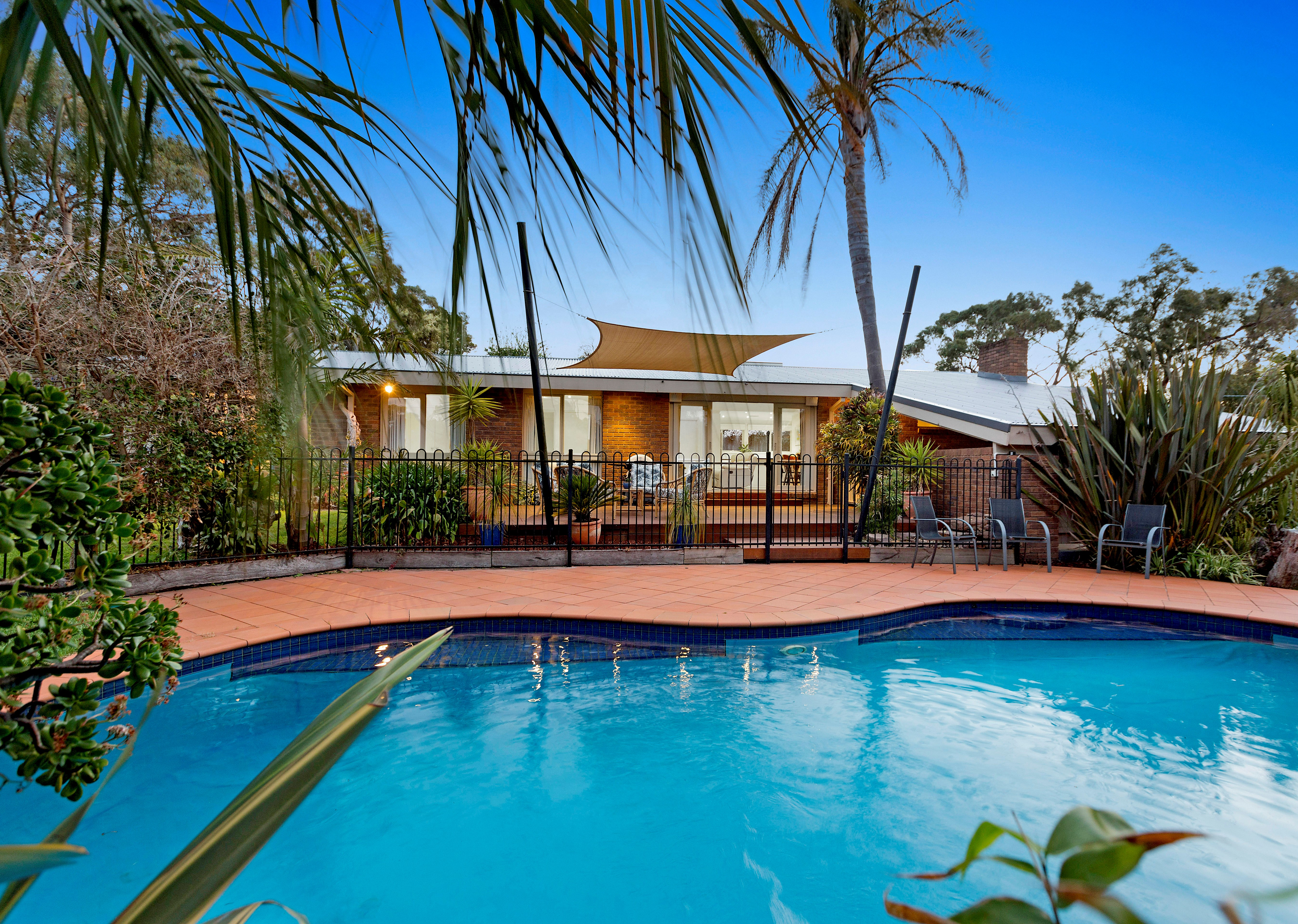 35-37 Autumn Crescent, MOUNT ELIZA, VIC, 3930 - Image