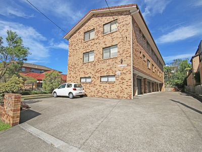 Knowsley Street, Greenslopes
