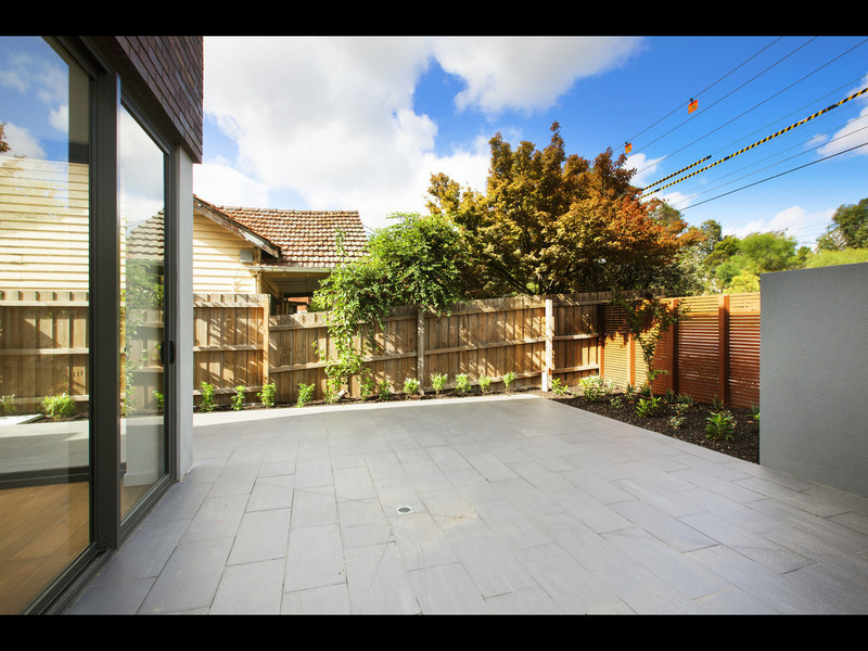 10/4 Wills Street, VIC 3146, aus