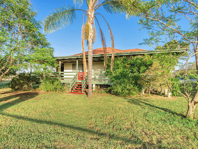610 Upper Forest Springs Road, Clifton