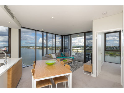 21103/37D Harbour Road, Hamilton
