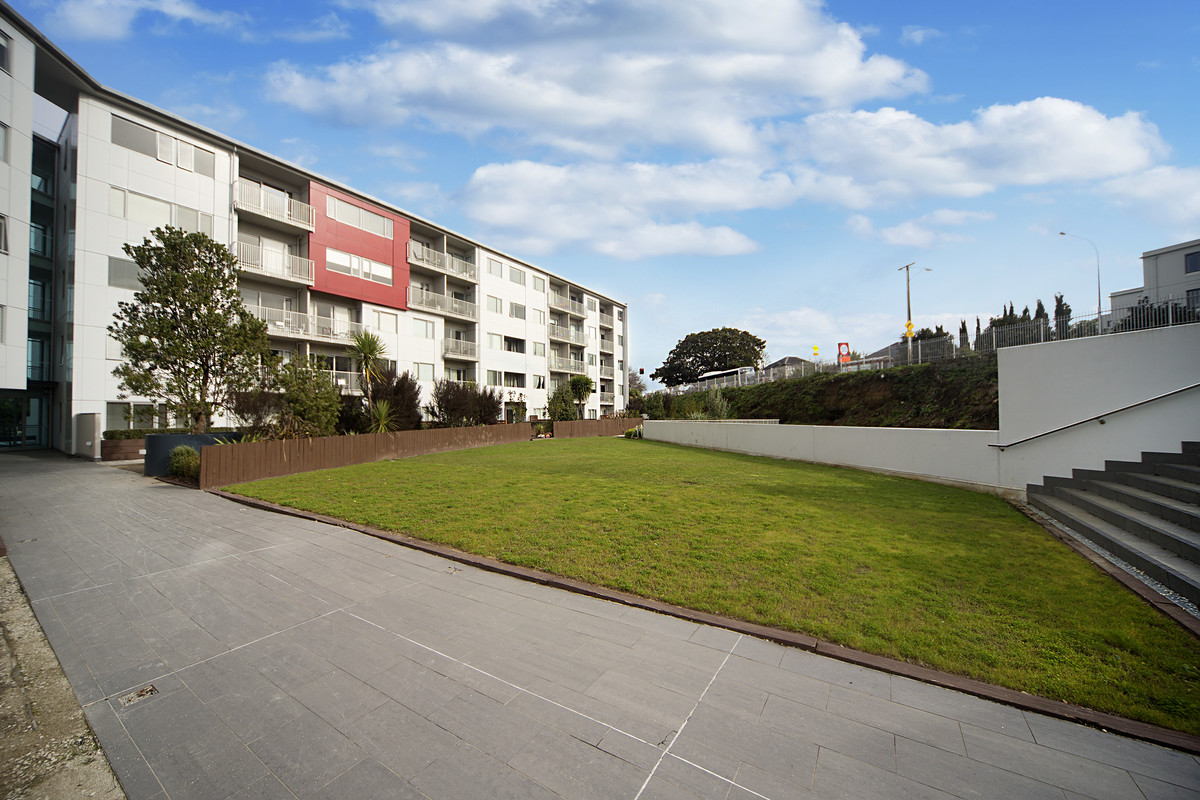 Great Value in Central Takapuna