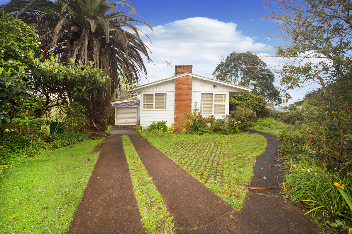 Home and Income Do Up on Flat 809m2 Section
