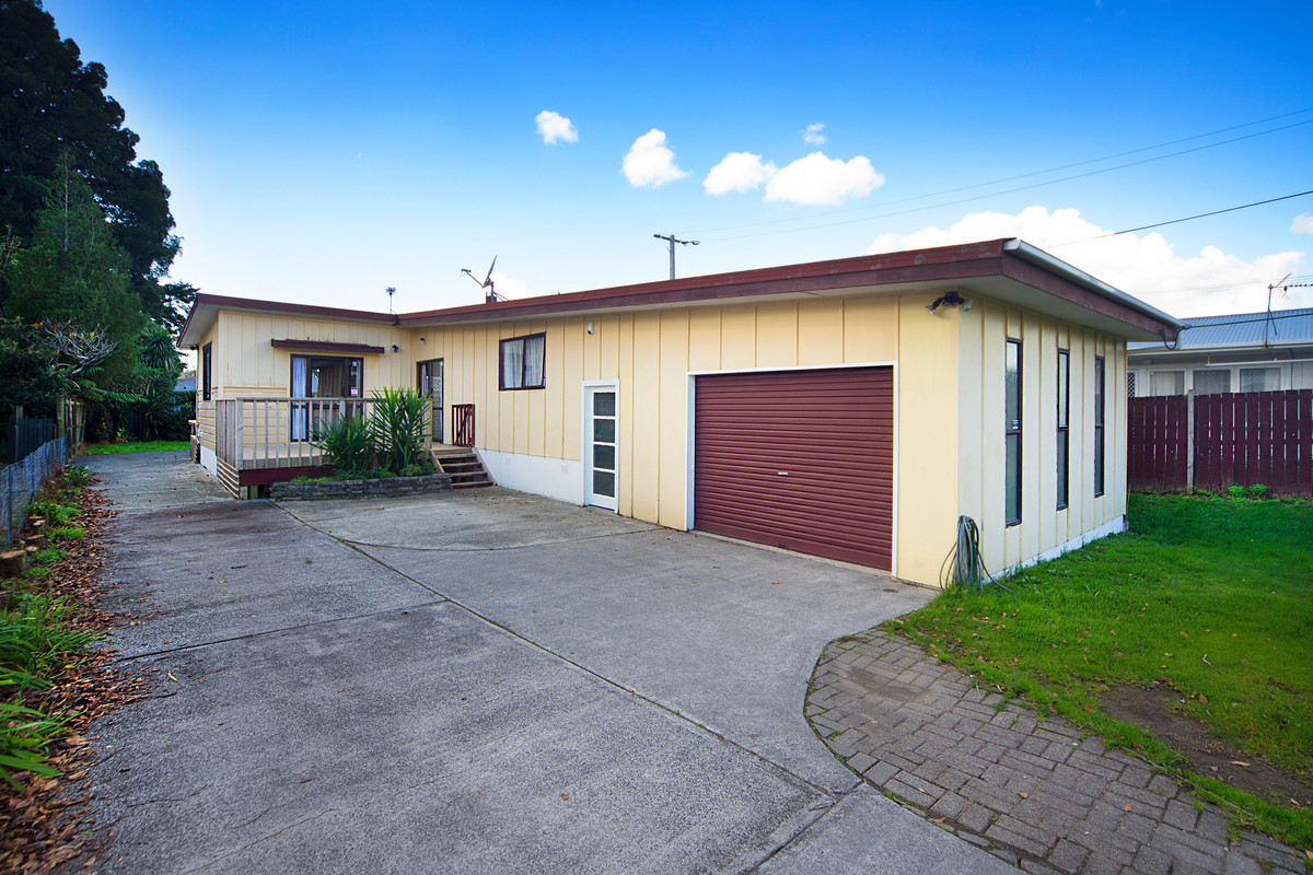 Family Home, Large Flat Freehold Site!