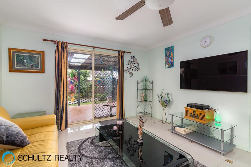 17 Lyrebird Street,Loganlea,Australia 4131,4 Bedrooms Bedrooms,2 BathroomsBathrooms,House,Lyrebird Street,1041