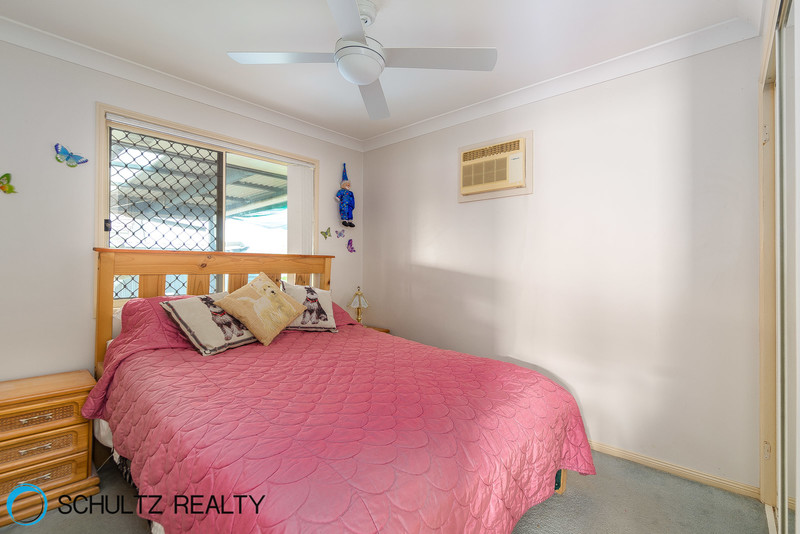 17 Lyrebird Street,Loganlea,Australia 4131,4 Bedrooms Bedrooms,2 BathroomsBathrooms,House,Lyrebird Street,1041