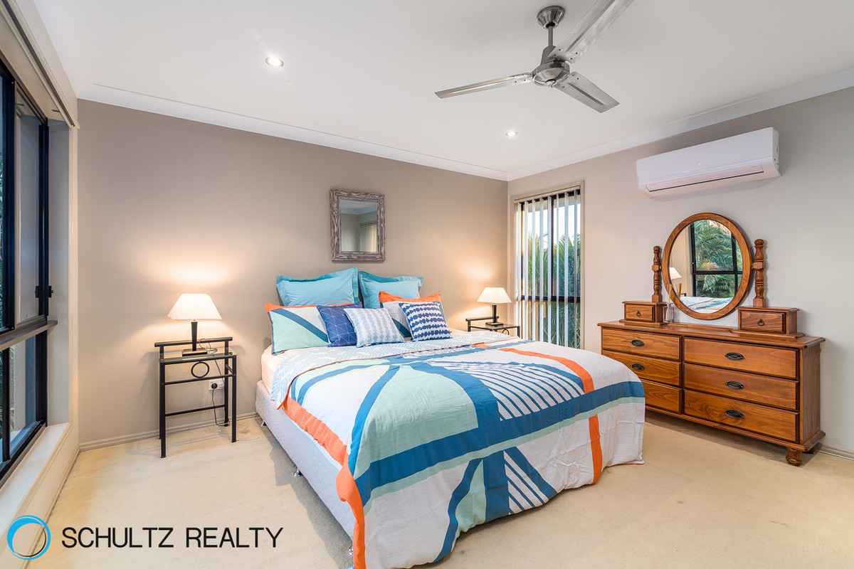 9 Riverbreeze Court,Windaroo,Australia 4207,4 Bedrooms Bedrooms,2 BathroomsBathrooms,House,Riverbreeze Court,1046