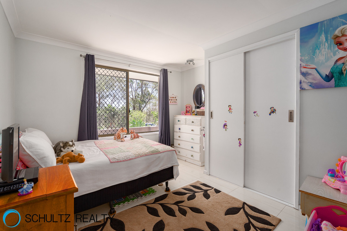 8 Peachey Road,Ormeau,Australia 4208,4 Bedrooms Bedrooms,2 BathroomsBathrooms,House,Peachey Road,1070
