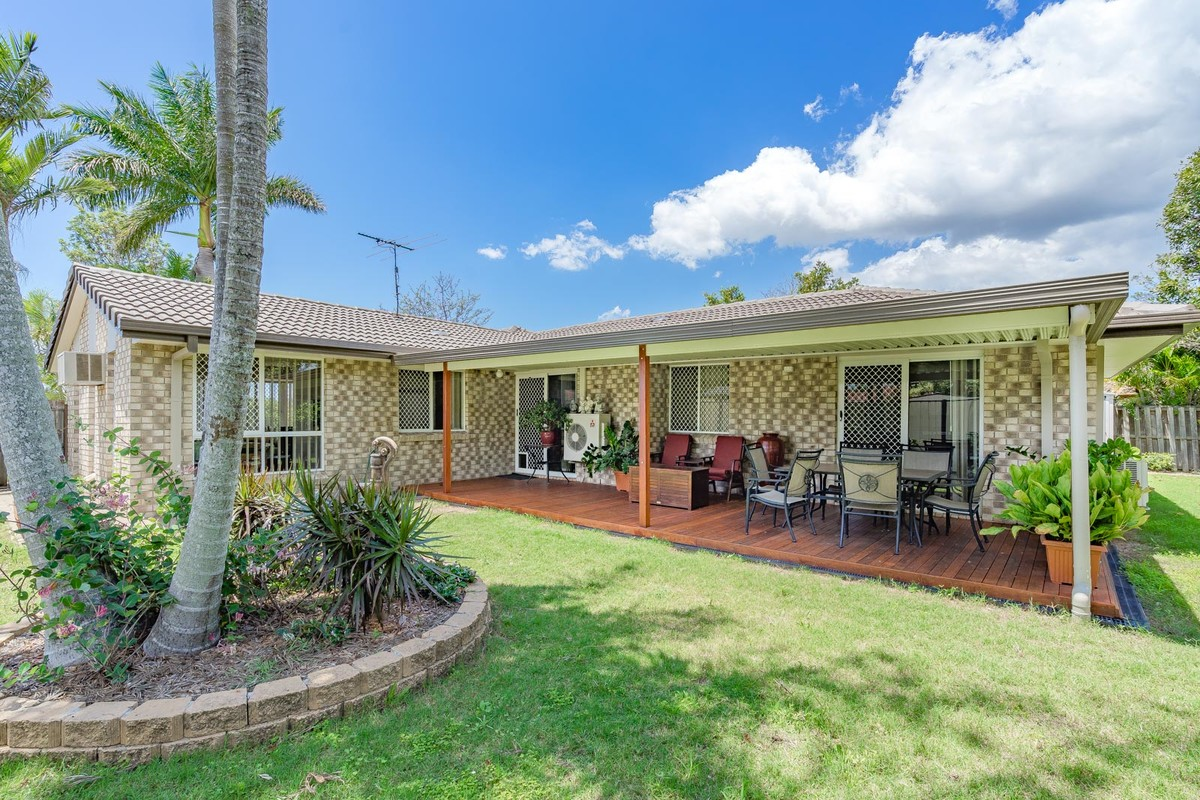 7 Allenby Crescent,Windaroo,Australia 4207,4 Bedrooms Bedrooms,2 BathroomsBathrooms,House,Allenby Crescent,1071