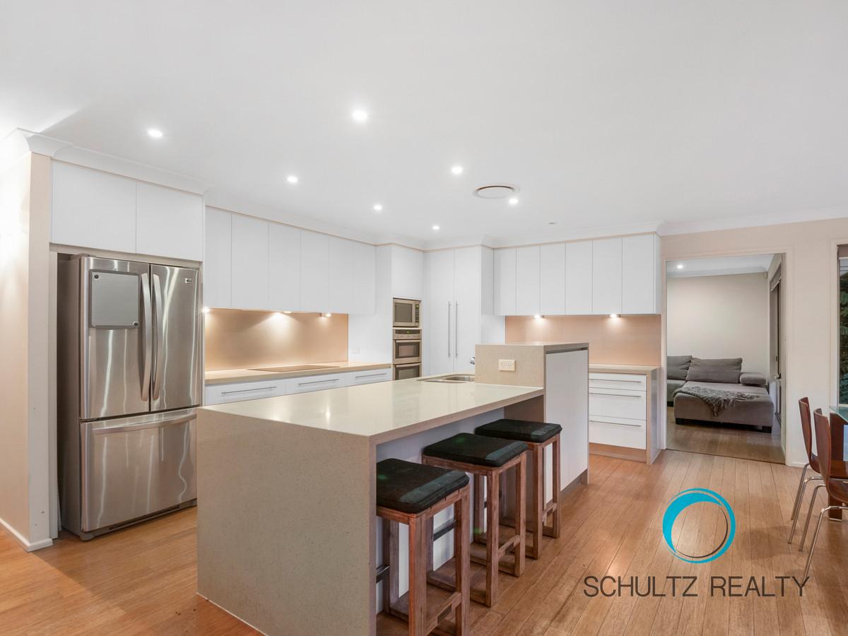 15-19 Chopin Court, Nerang, Australia 4211, 5 Bedrooms Bedrooms, ,3 BathroomsBathrooms,House,Sold,Chopin Court,1107