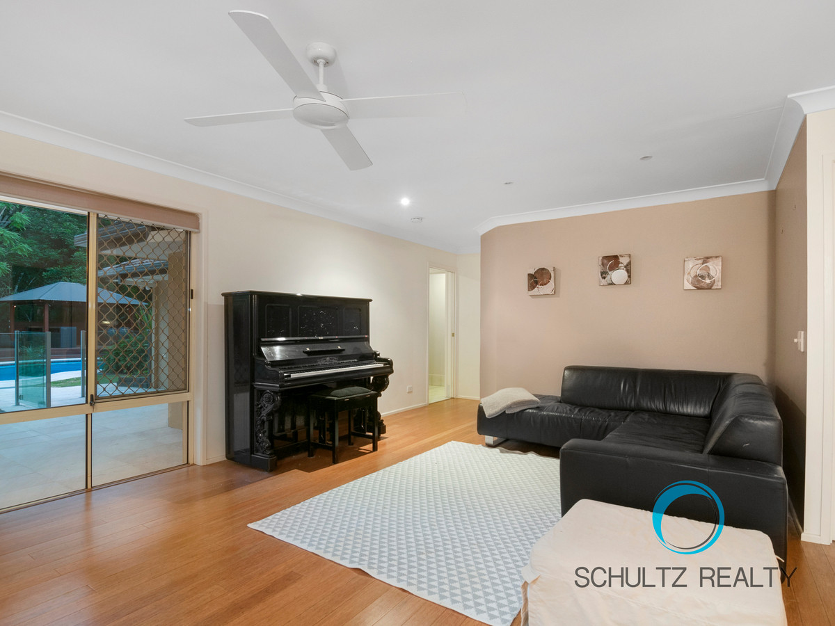 15-19 Chopin Court, Nerang, Australia 4211, 5 Bedrooms Bedrooms, ,3 BathroomsBathrooms,House,Sold,Chopin Court,1107