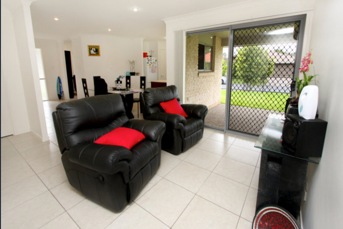 81 Yovan Court,Loganlea,Australia 4131,4 Bedrooms Bedrooms,2 BathroomsBathrooms,House,Yovan Court,1084