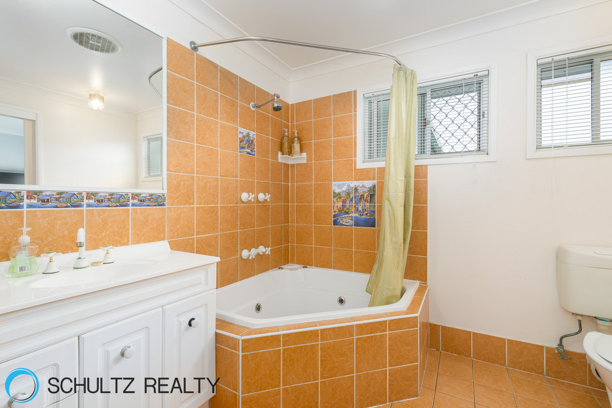 132 Marlowe Road,Alberton,Australia 4207,4 Bedrooms Bedrooms,2 BathroomsBathrooms,House,Marlowe Road,1087