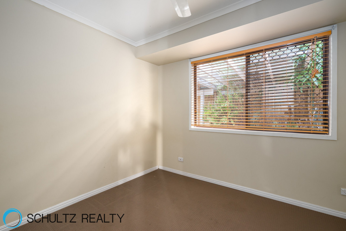 9 Rae Court,Mount Warren Park,Australia 4207,4 Bedrooms Bedrooms,2 BathroomsBathrooms,House,Rae Court,1089
