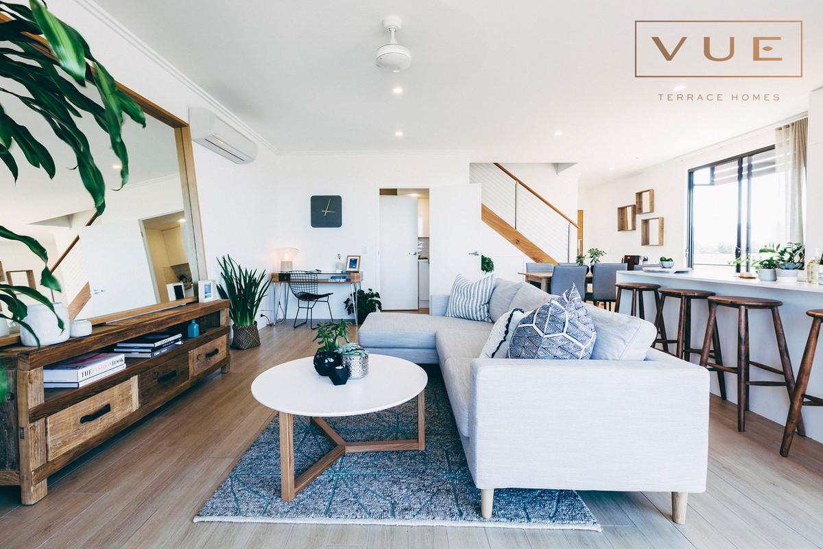1 East Lane,Robina,Australia 4226,3 Bedrooms Bedrooms,2 BathroomsBathrooms,Townhouse,East Lane,1095