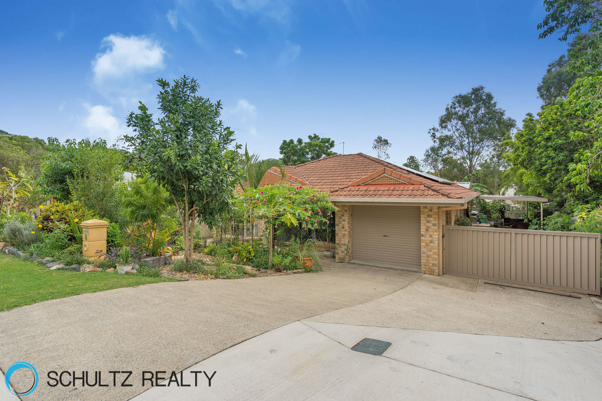 8 Hendrix Street, Windaroo, Australia 4207, 3 Bedrooms Bedrooms, ,2 BathroomsBathrooms,House,Sold,Hendrix Street,1094