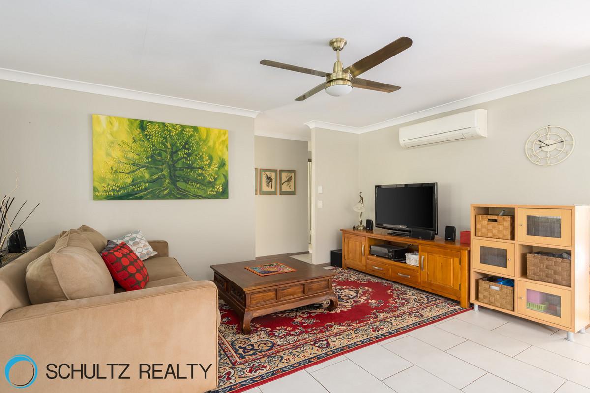 8 Hendrix Street, Windaroo, Australia 4207, 3 Bedrooms Bedrooms, ,2 BathroomsBathrooms,House,Sold,Hendrix Street,1094