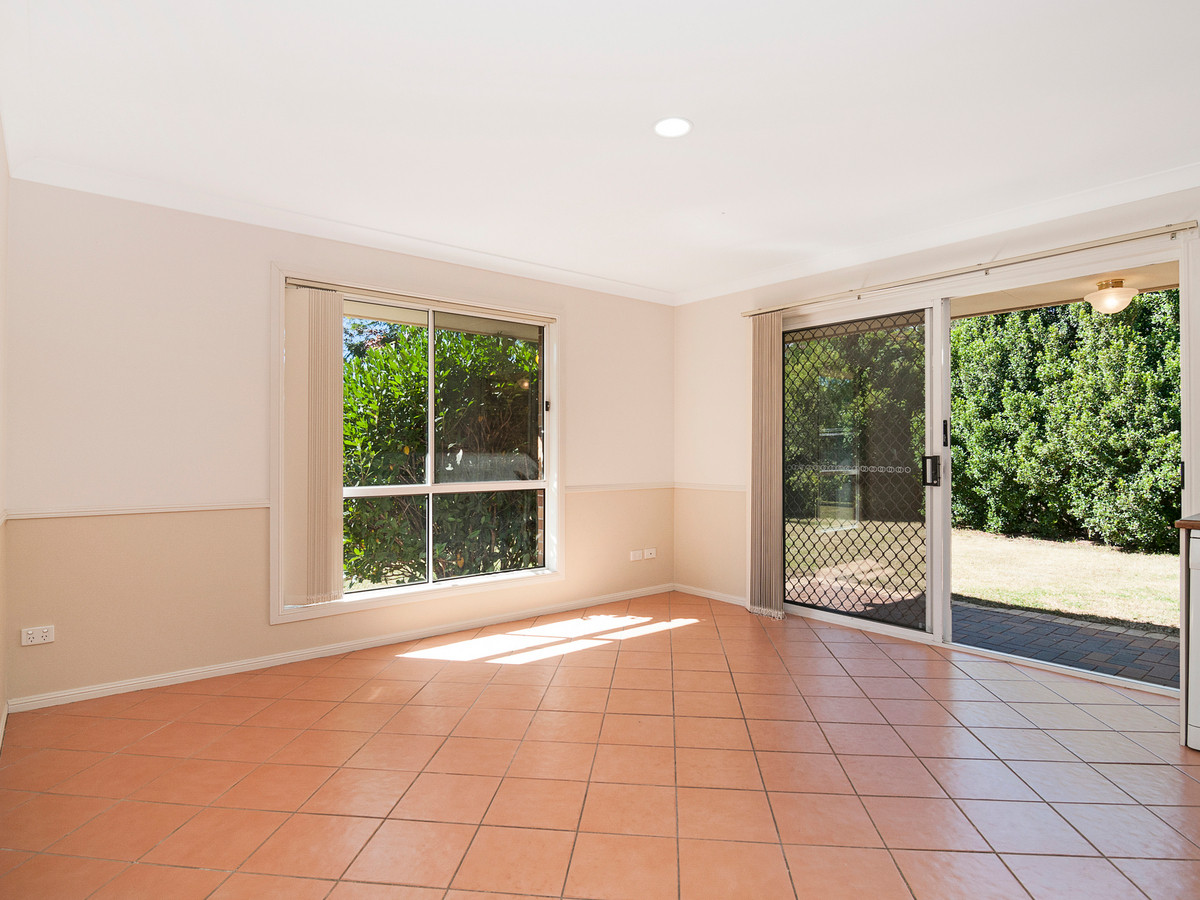 22 Hendrix Street,Windaroo,Australia 4207,4 Bedrooms Bedrooms,2 BathroomsBathrooms,House,Hendrix Street,1097