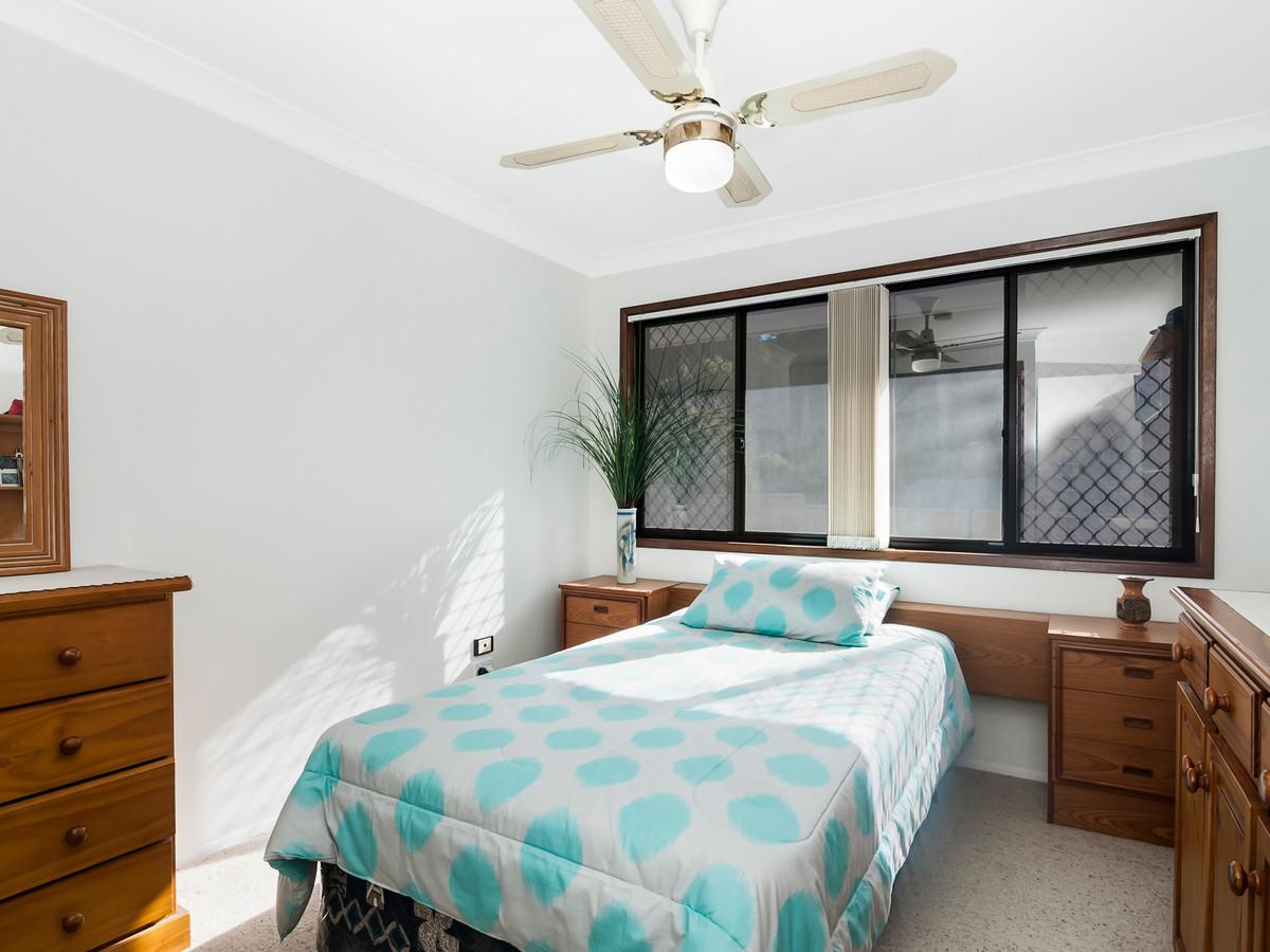 11 Shields Street,Mount Warren Park,Australia 4207,4 Bedrooms Bedrooms,3 BathroomsBathrooms,House,Shields Street,1096