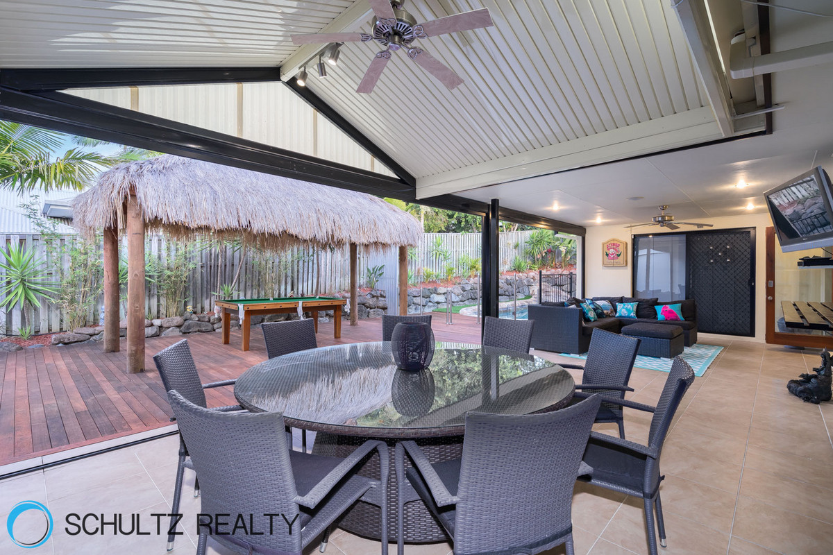 42 Ragamuffin drive West,Coomera Waters,Australia 4209,4 Bedrooms Bedrooms,2 BathroomsBathrooms,House,Ragamuffin drive West,1098