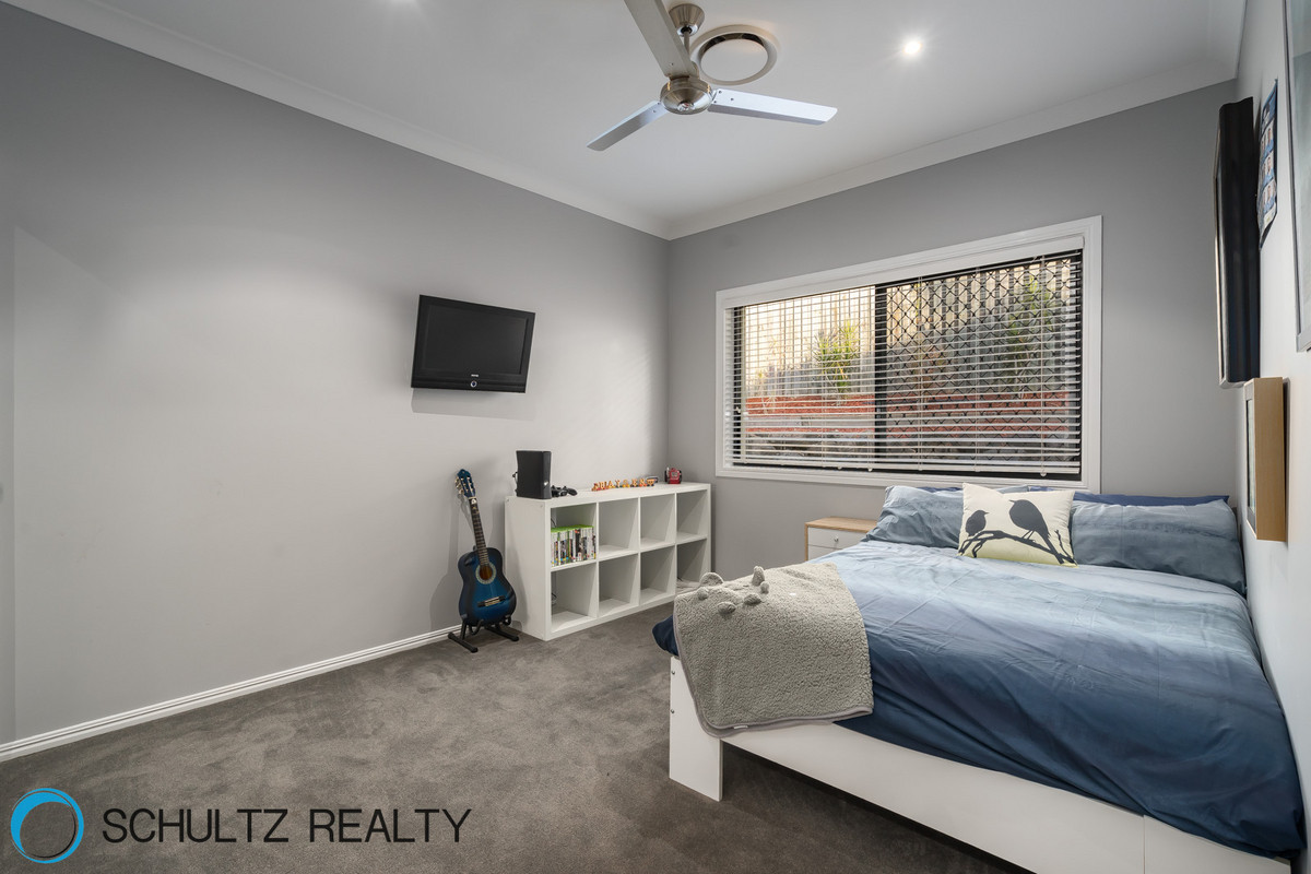 42 Ragamuffin drive West, Coomera Waters, Australia 4209, 4 Bedrooms Bedrooms, ,2 BathroomsBathrooms,House,Sold,Ragamuffin drive West,1098