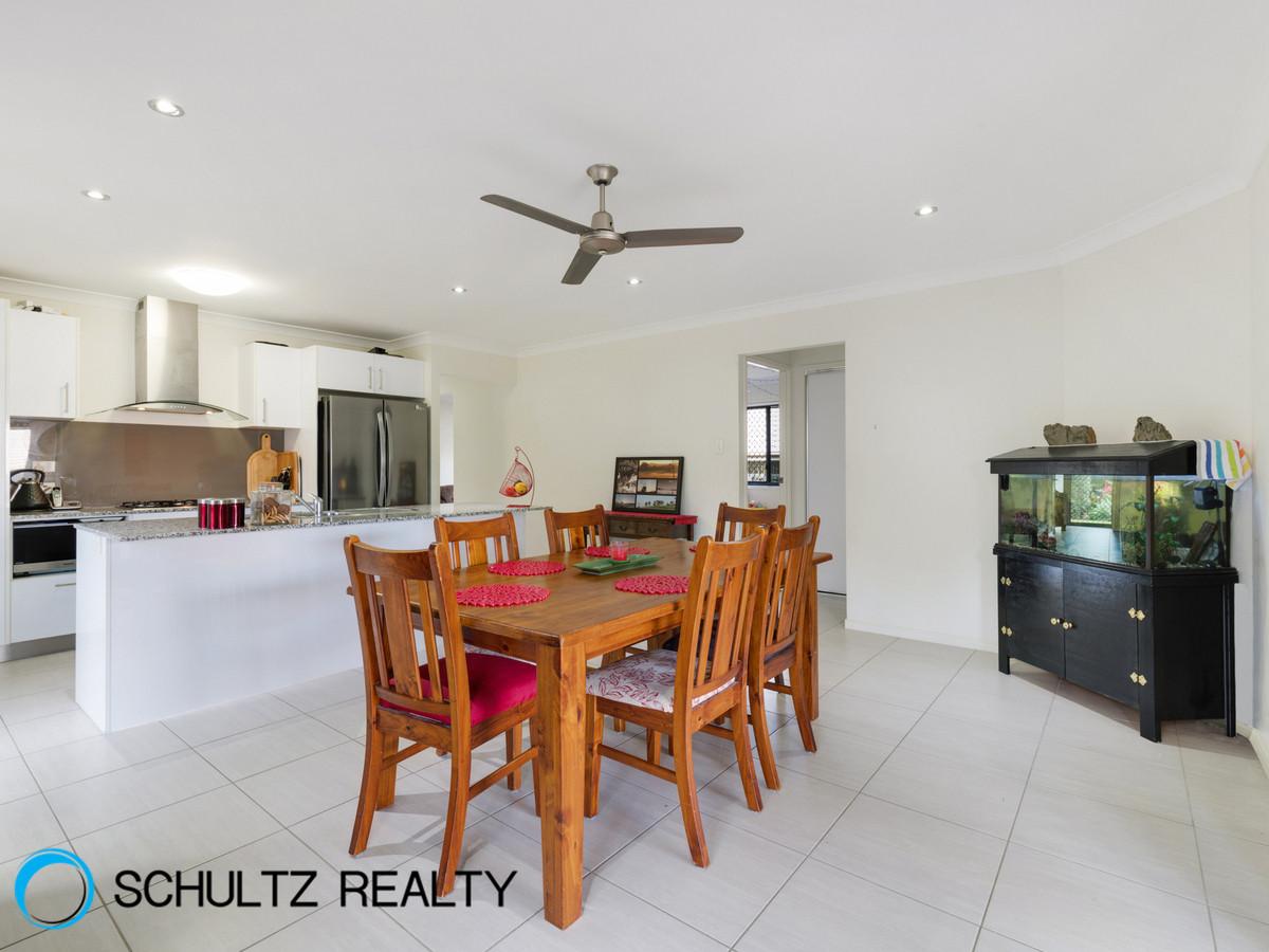 38 Skyline Circuit, Bahrs Scrub, Australia 4207, 4 Bedrooms Bedrooms, ,2 BathroomsBathrooms,House,Sold,Skyline Circuit,1105