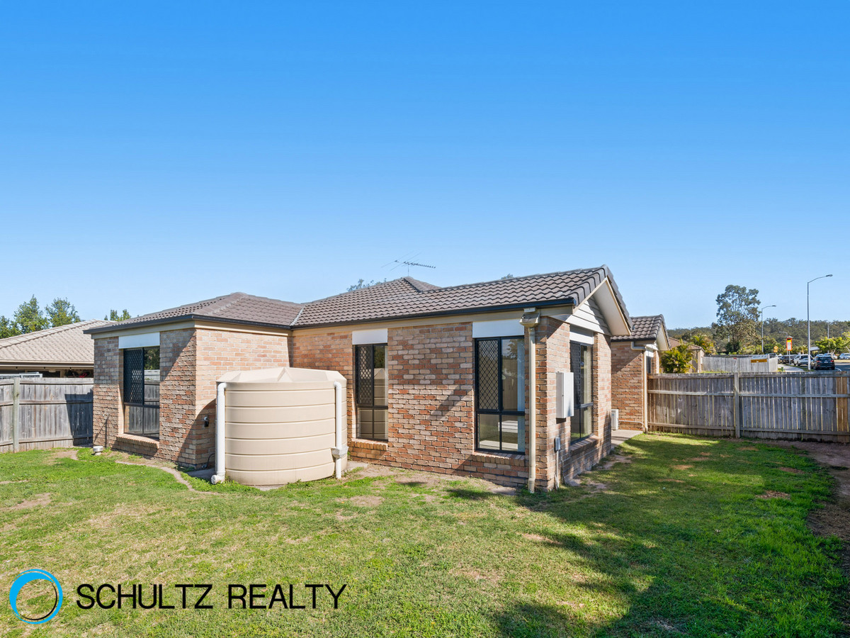 2 Shelley Avenue, Mount Warren Park, Australia 4207, 4 Bedrooms Bedrooms, ,2 BathroomsBathrooms,House,Sold,Shelley Avenue,1111