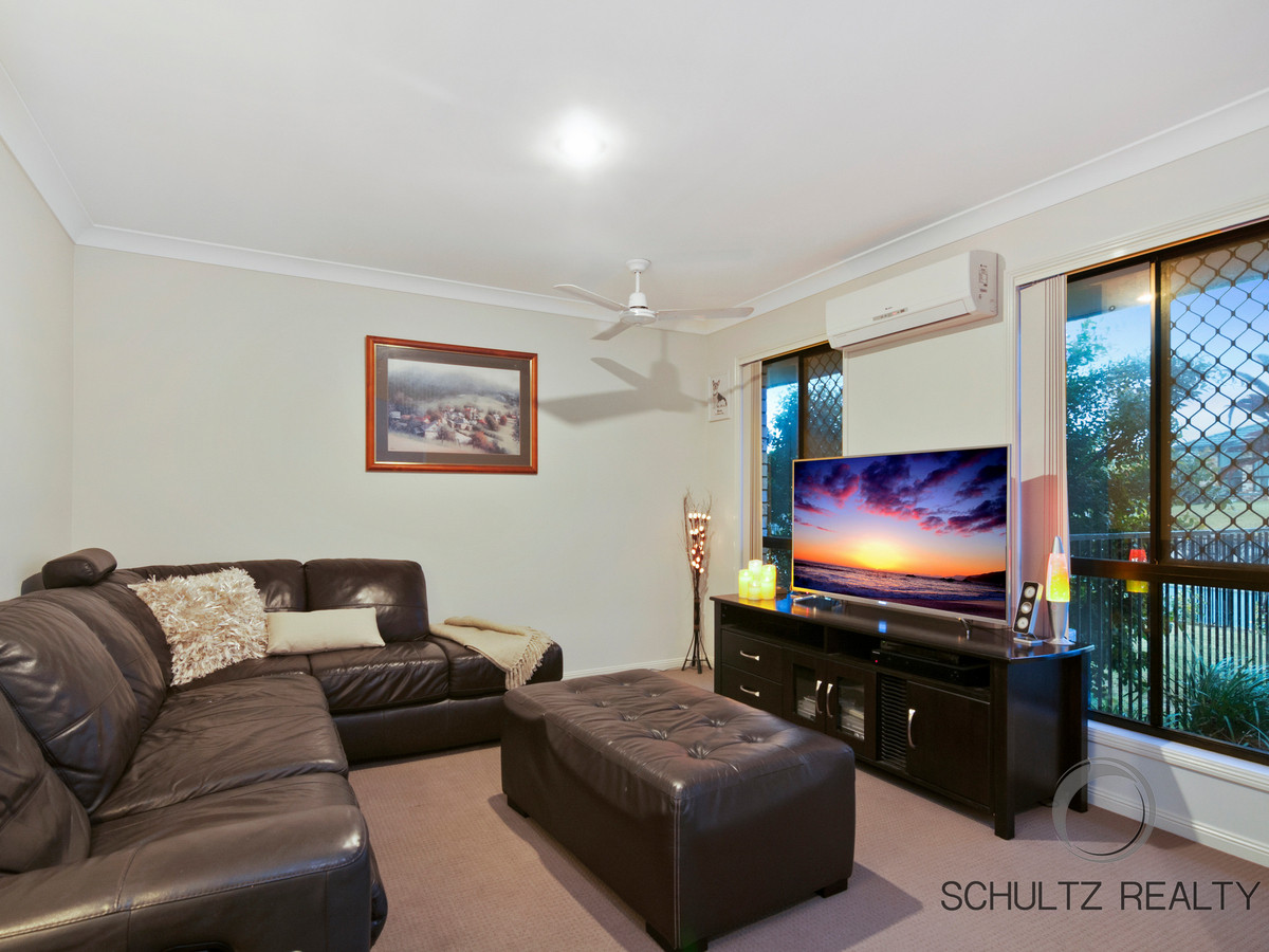 1 Dunraven Drive, Pimpama, Australia 4209, 4 Bedrooms Bedrooms, ,2 BathroomsBathrooms,House,Sold,Dunraven Drive,1116