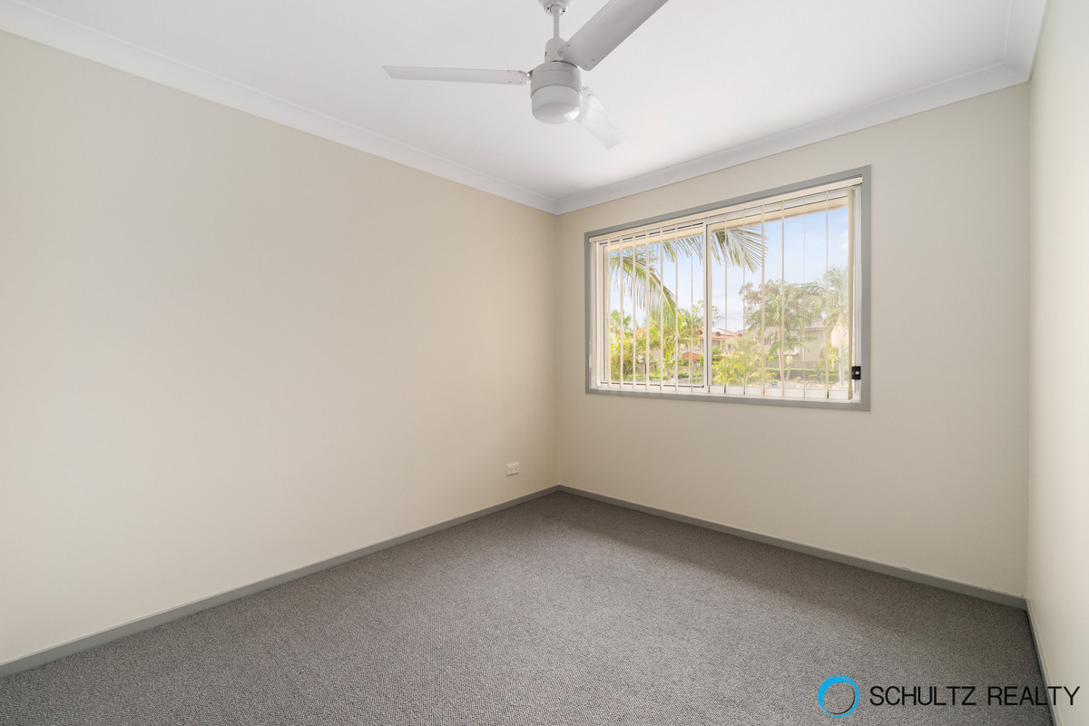 4/8 Earnshaw Street, Calamvale, Australia 4116, 3 Bedrooms Bedrooms, ,2 BathroomsBathrooms,Townhouse,Sold,Earnshaw Street,1139