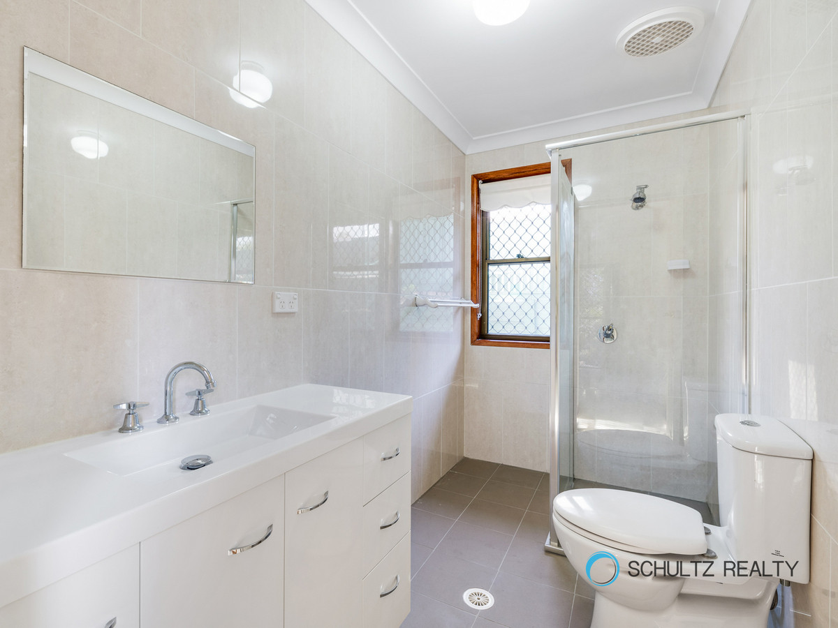 12 Jeffrey Court, Mount Warren Park, Australia 4207, 3 Bedrooms Bedrooms, ,2 BathroomsBathrooms,House,Sold,Jeffrey Court,1140