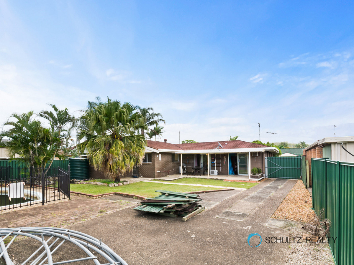 18 Carlyon Street, Mount Warren Park, Australia 4207, 3 Bedrooms Bedrooms, ,1 BathroomBathrooms,House,For sale,Carlyon Street,1145