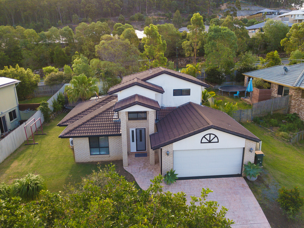 4 Albert Valley Drive, Bahrs Scrub, Australia 4207, 4 Bedrooms Bedrooms, ,2 BathroomsBathrooms,House,For sale,Albert Valley Drive,1147