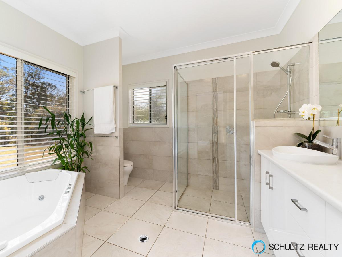 114-116 Gavin Way, Cornubia, Australia 4130, 5 Bedrooms Bedrooms, ,2 BathroomsBathrooms,House,For sale,Gavin Way,1168