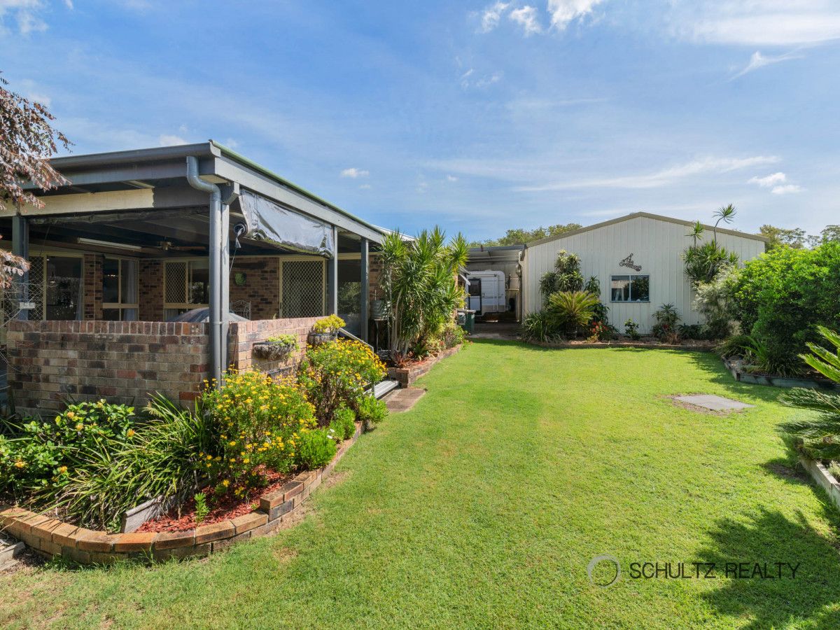 15 Shona Court, Mount Warren Park, Australia 4207, 4 Bedrooms Bedrooms, ,2 BathroomsBathrooms,House,Sold,Shona Court,1206