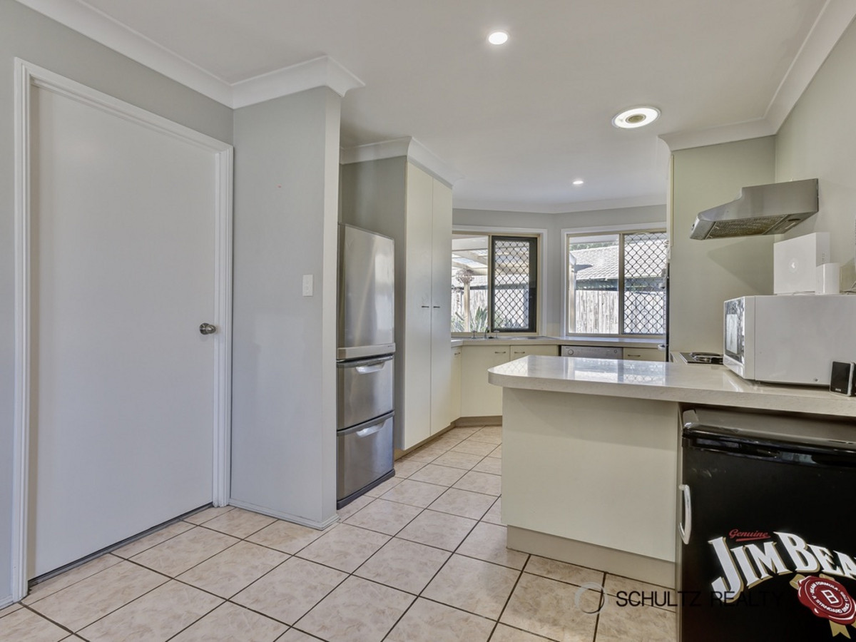 78 Kaiser Drive, Windaroo, Australia 4207, 3 Bedrooms Bedrooms, ,1 BathroomBathrooms,House,Sold,Kaiser Drive,1208