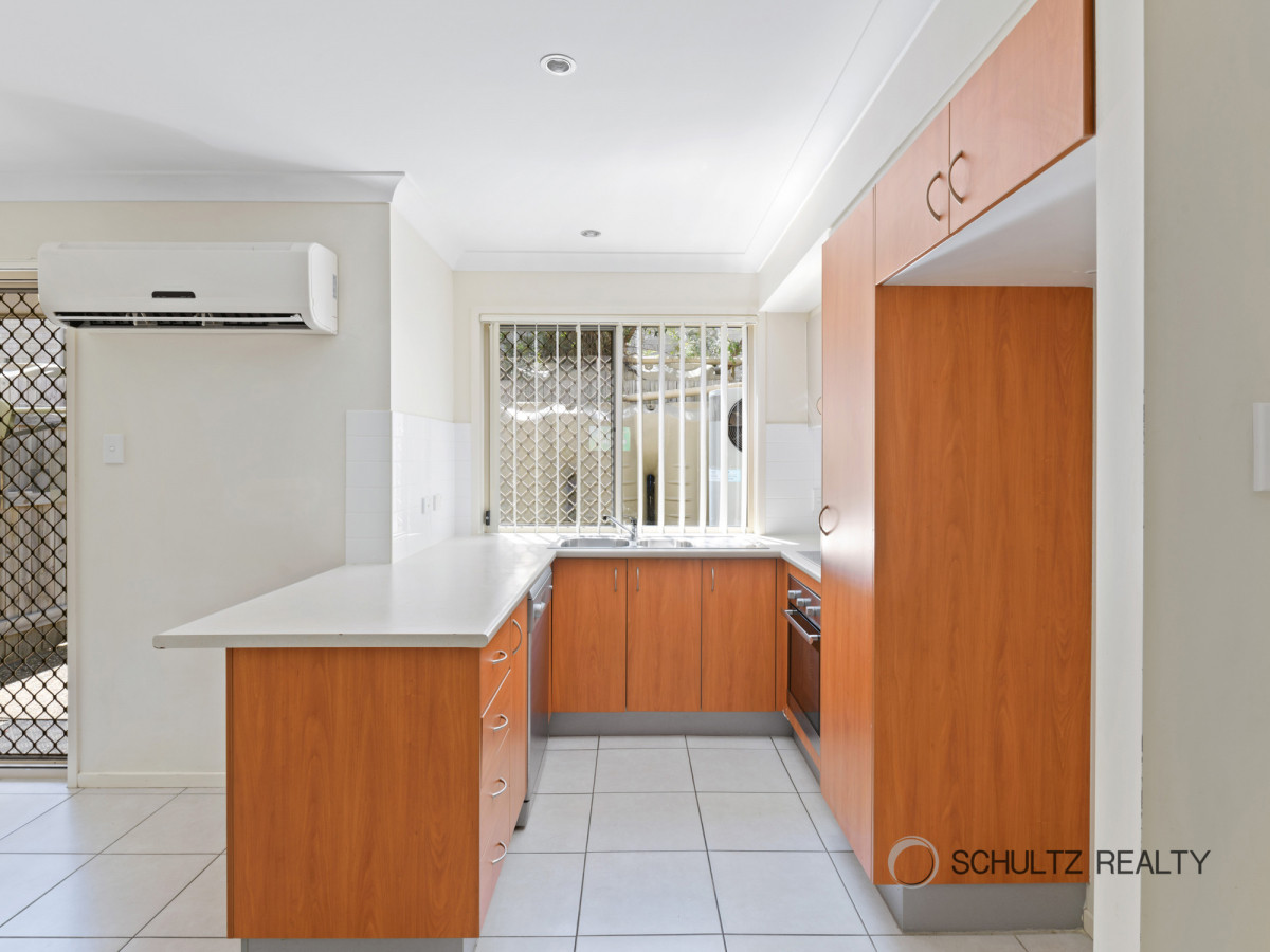 172-180 Fryar Road, Eagleby, Australia 4207, 3 Bedrooms Bedrooms, ,2 BathroomsBathrooms,Townhouse,For sale,Fryar Road,1210