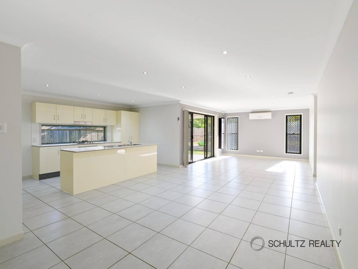 10 Winterpeak Close, Yarrabilba, Australia 4207, 3 Bedrooms Bedrooms, ,2 BathroomsBathrooms,House,Sold,Winterpeak Close,1227