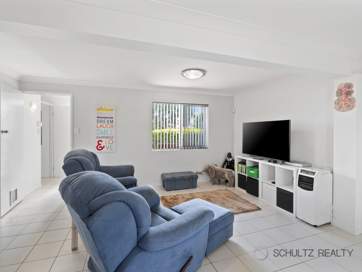 5 Scoresby Street, Mount Warren Park, Australia 4207, 3 Bedrooms Bedrooms, ,2 BathroomsBathrooms,House,Sold,Scoresby Street,1246
