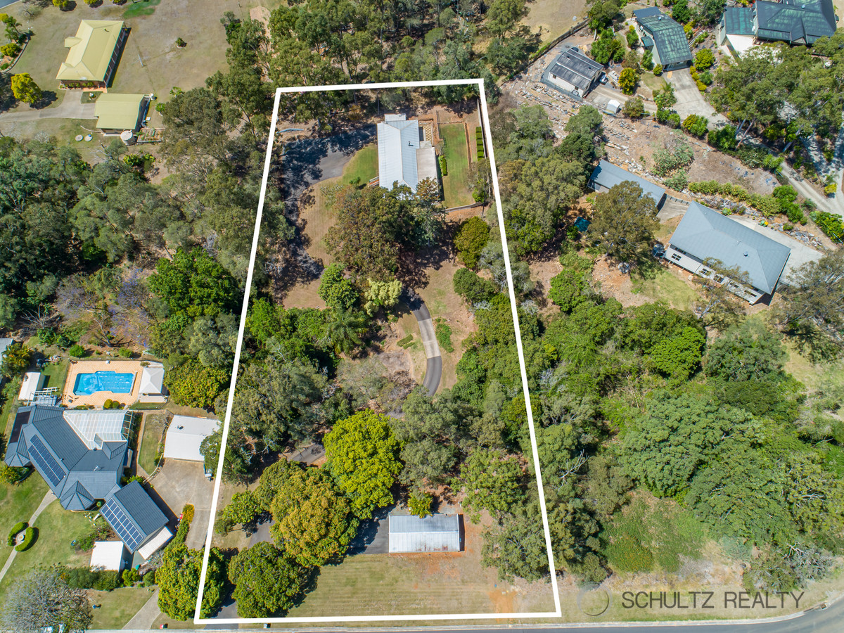 10-12 Hillview Crescent, Bahrs Scrub, Australia 4207, 4 Bedrooms Bedrooms, ,2 BathroomsBathrooms,House,Sold,Hillview Crescent,1249