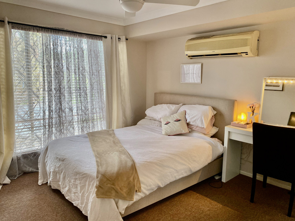 11 Breeze Court, Mount Warren Park, Australia 4207, 5 Bedrooms Bedrooms, ,2 BathroomsBathrooms,House,For sale,Breeze Court,1268