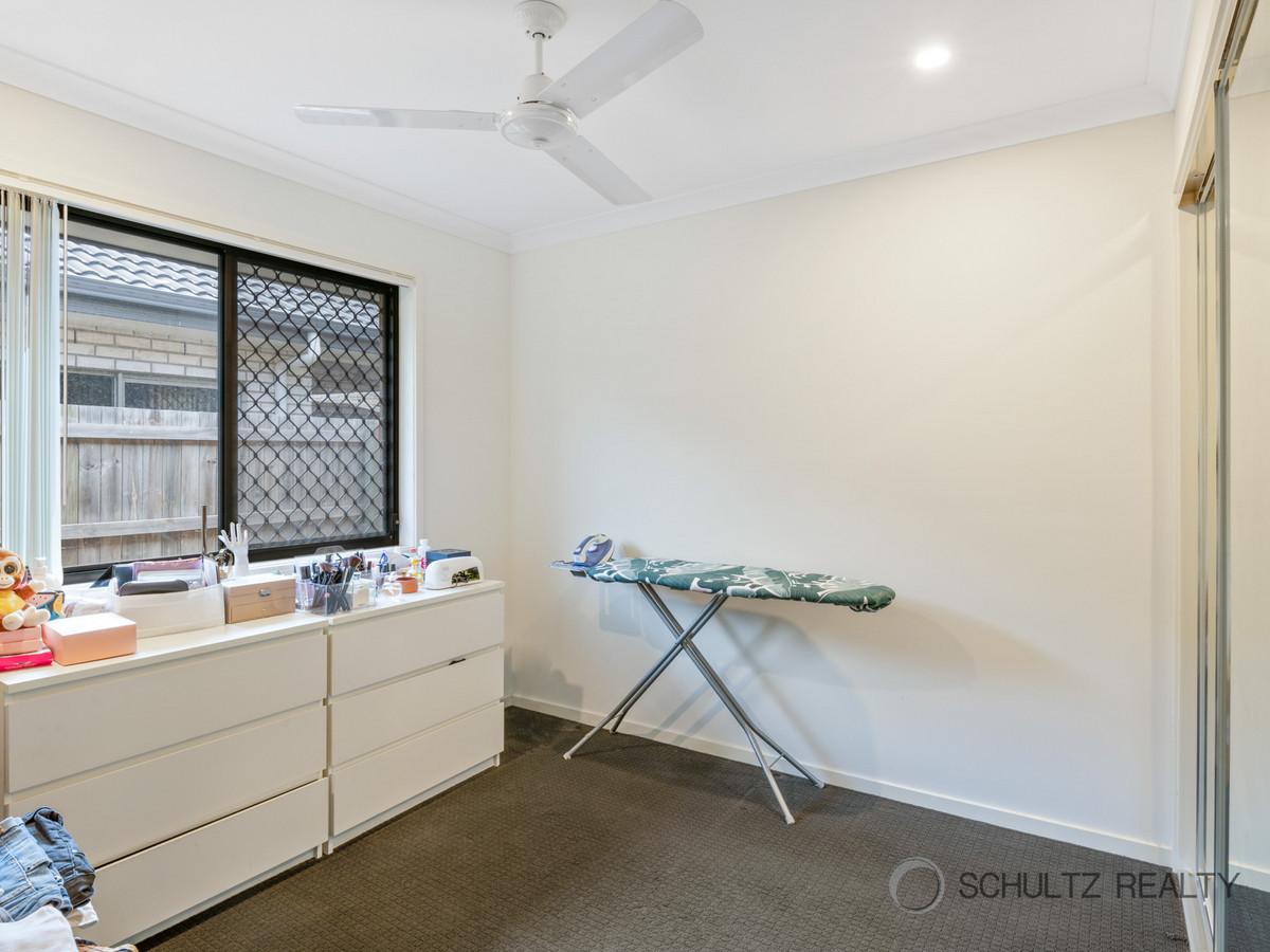 33 Meander Circuit, Holmview, Australia 4207, 4 Bedrooms Bedrooms, ,2 BathroomsBathrooms,House,For sale,Meander Circuit,1273
