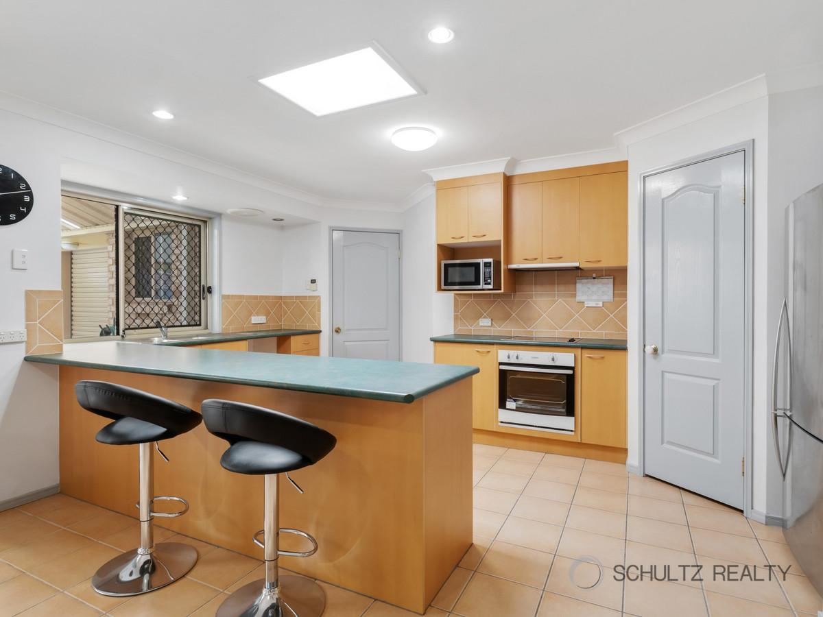 23 Forestglen Crescent, Bahrs Scrub, Australia 4207, 4 Bedrooms Bedrooms, ,2 BathroomsBathrooms,House,For sale,Forestglen Crescent,1301