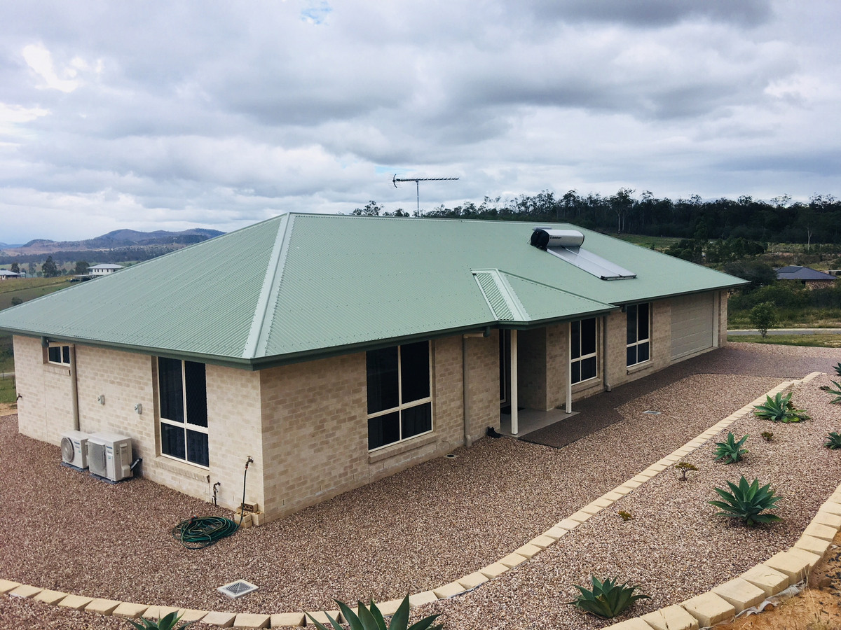 NEW HOME WITH LOCKYER VALLEY VIEWS
