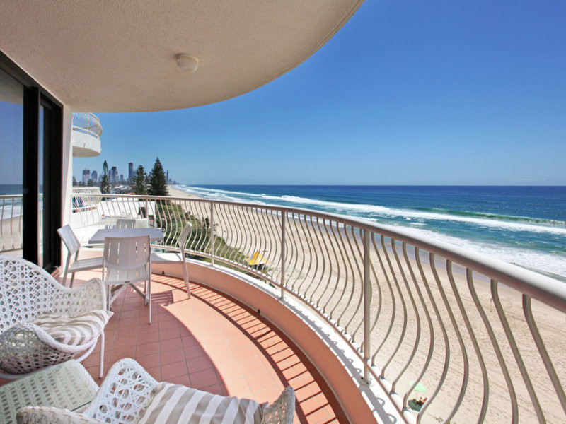 18 / 125 Albatross Avenue, Mermaid Beach Qld 4218