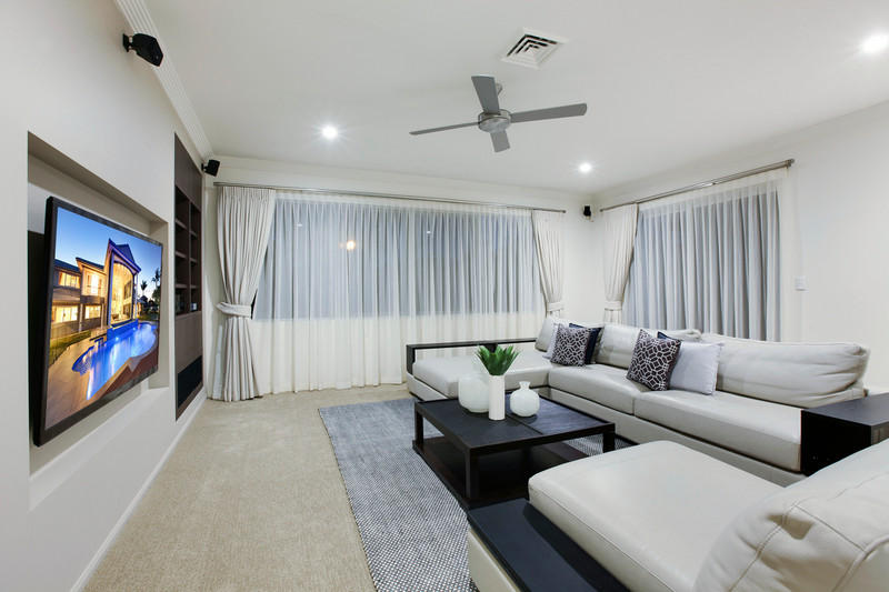 51-53 Portobello Drive, Mermaid Waters Qld 4218