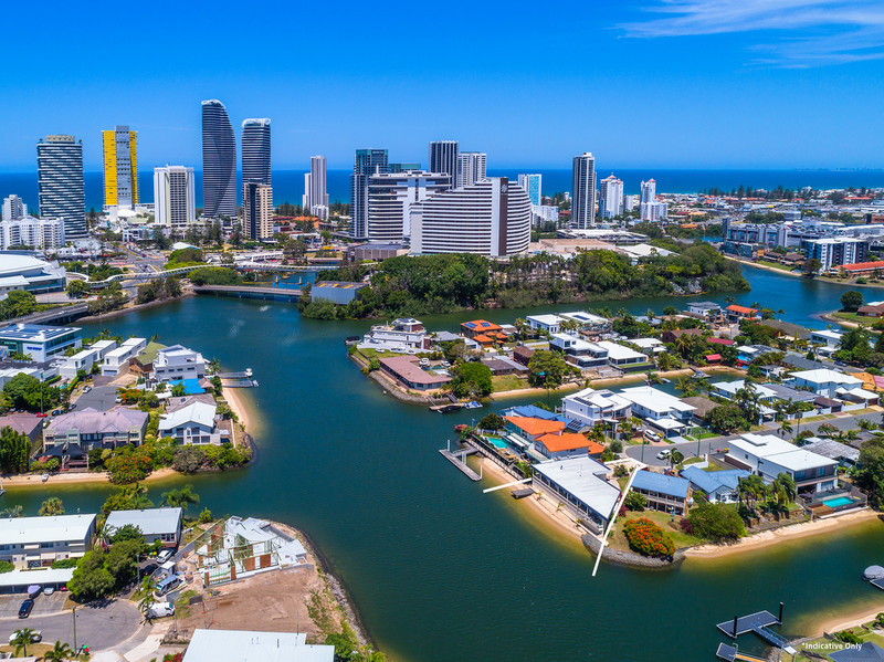 15 Lotus Key, Broadbeach Waters Qld 4218