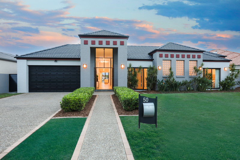 50 Bollard Circuit, Clear Island Waters Qld 4226